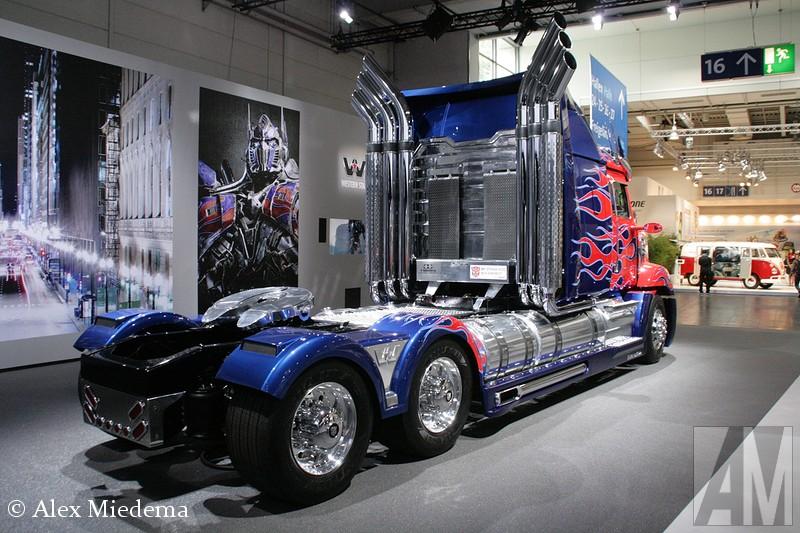 western star...optimus prime . 31698-10