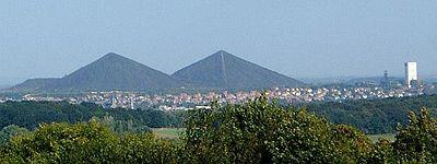 Des pyramides en Bosnie émettent un mystérieux signal - Page 7 400px-10