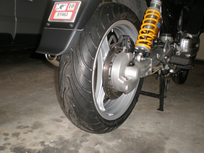 Wider Wheels & Radial Tyres on a K100 - Page 3 Pc040012