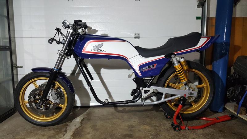 future cb 1100 f superbike   001_311