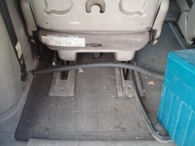 PapyKy, Vend deux sièges centrale et vide poche S4 de 2004 en tissu gris. P1017222