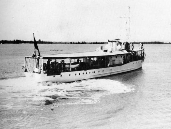 Les canonnières fluviales françaises  C111_c11