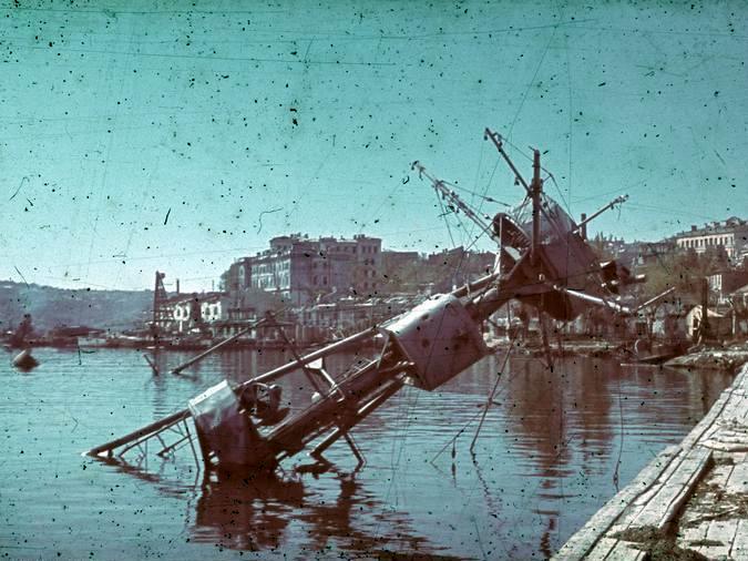 Croiseurs russes/soviètiques  - Page 2 C_ukra10