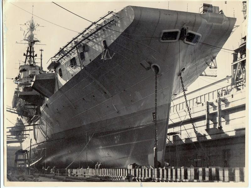 Porte-avions classe COLOSSUS britannique. Glory_10