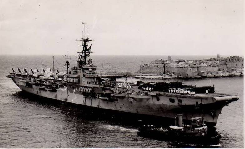Porte-avions classe COLOSSUS britannique. Glory_12