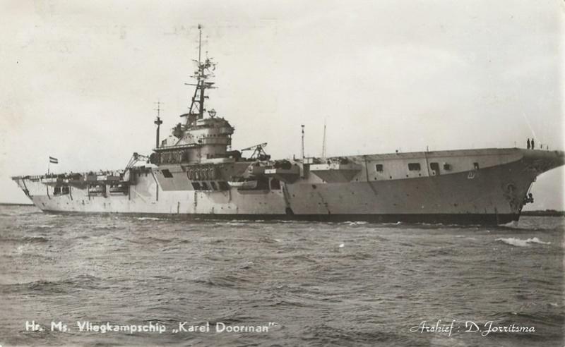 Porte-avions classe COLOSSUS britannique. Karel_10