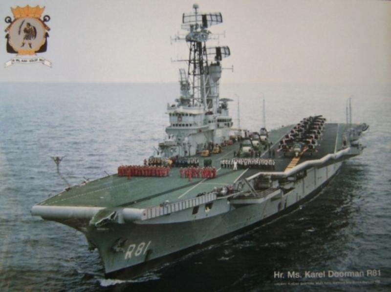 Porte-avions classe COLOSSUS britannique. Karel_11