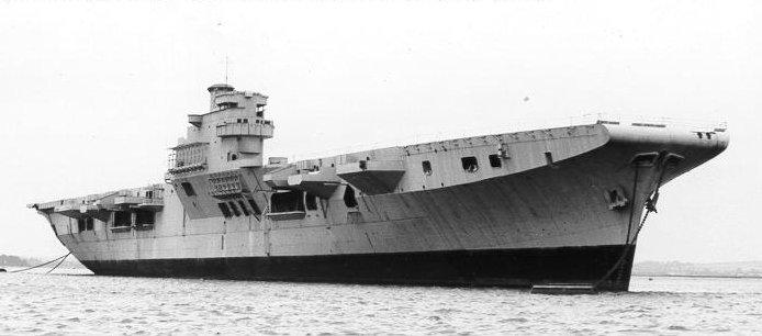 COLOSSUS - Porte-avions classe COLOSSUS britannique. - Page 2 Leviat10