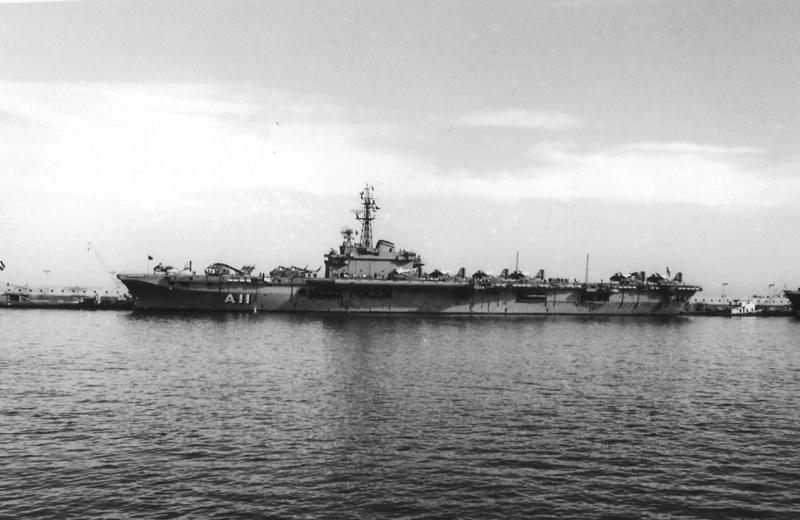 Porte-avions classe COLOSSUS britannique. Minas_10