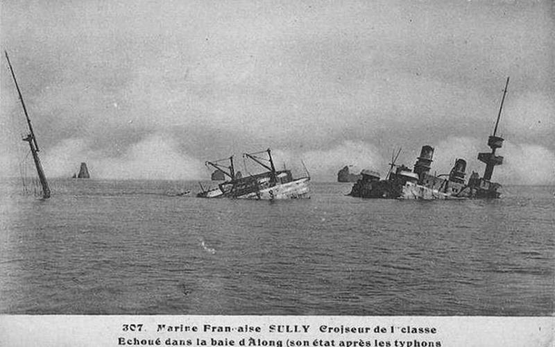 Croiseurs français  - Page 5 Sully_12