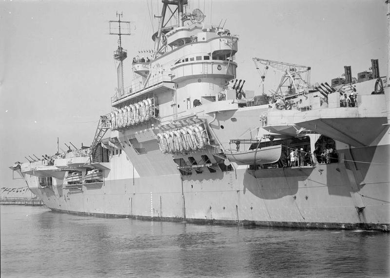 Porte-avions classe COLOSSUS britannique. Venera10