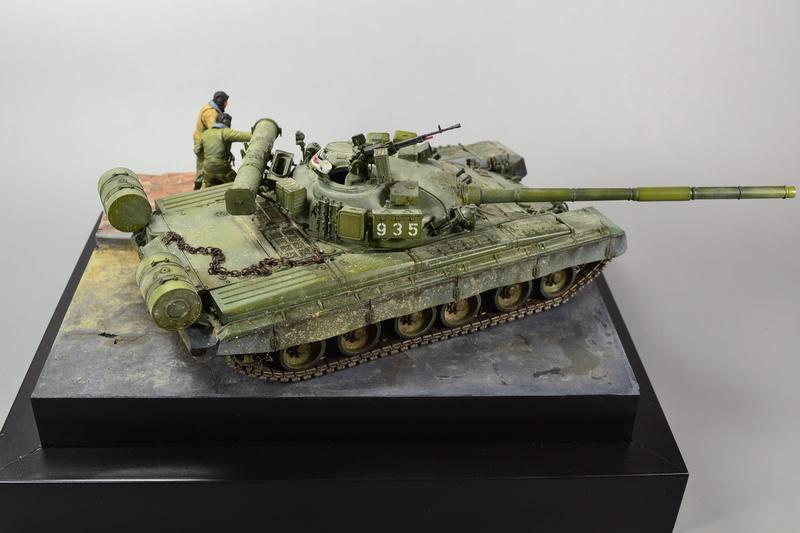 T-80B von Trumpeter in 1:35 Dsc_0018