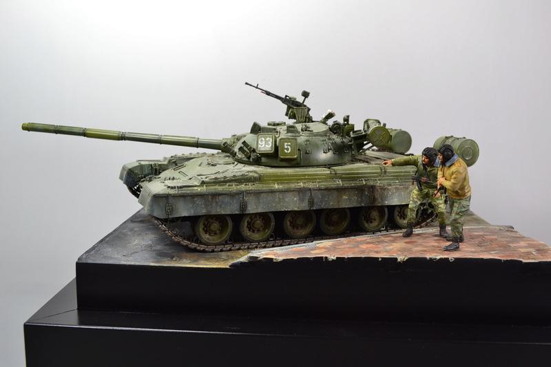 T-80B von Trumpeter in 1:35 Dsc_0019