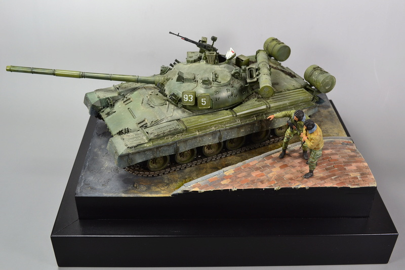 T-80B von Trumpeter in 1:35 Dsc_0020