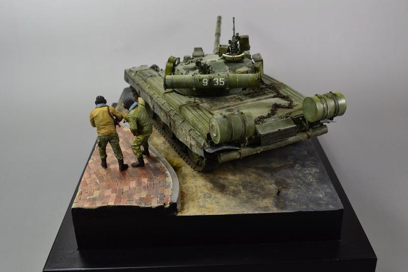 T-80B von Trumpeter in 1:35 Dsc_0021