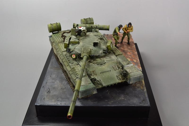 T-80B von Trumpeter in 1:35 Dsc_0023