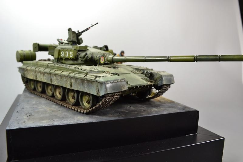 T-80B von Trumpeter in 1:35 Dsc_0024