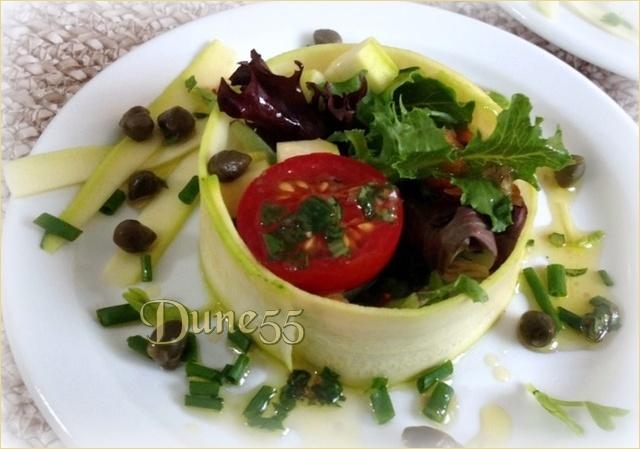 Salade cercle de courgette (présentation) 1_y2so12