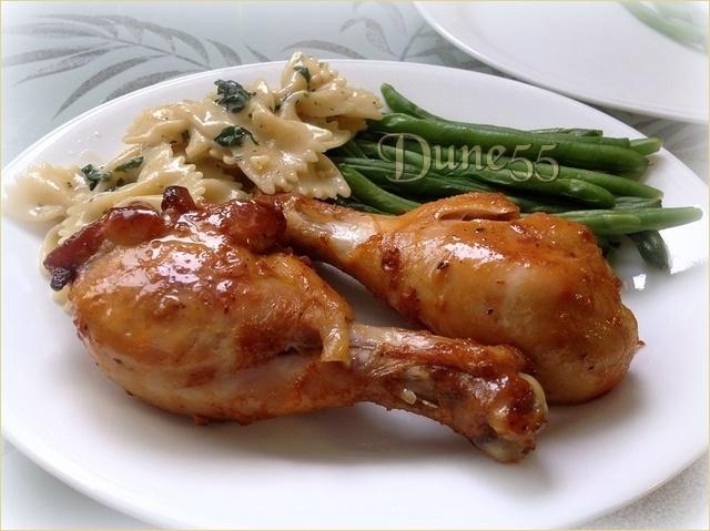 Cuisse de poulet grillé, sauce B.B.Q. maison  Dxthw210