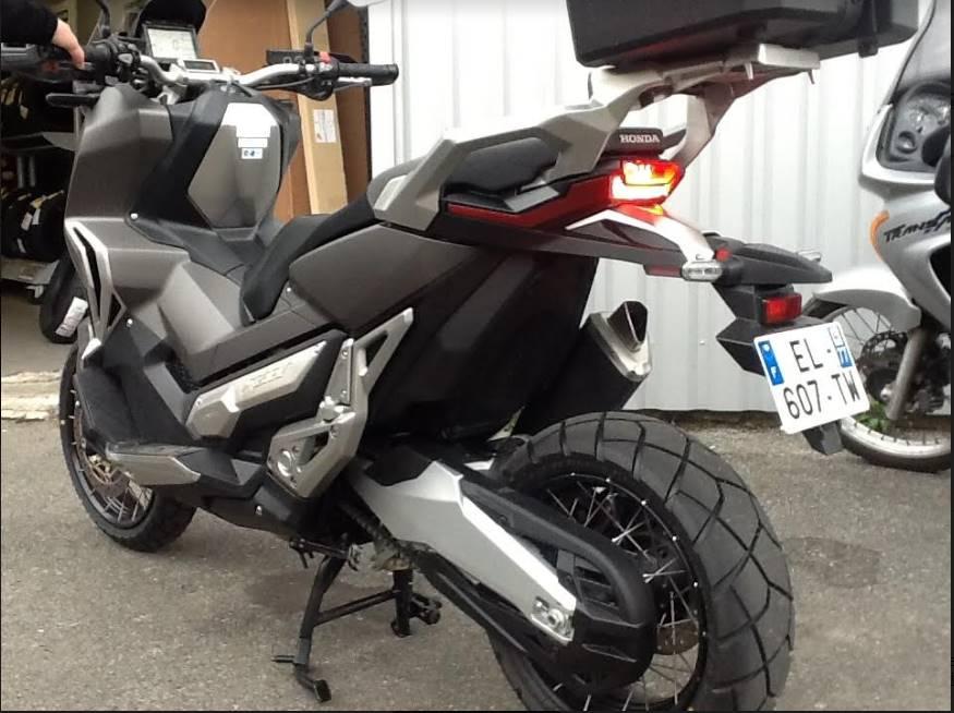 Mini-essai de la Honda X-ADV Top211