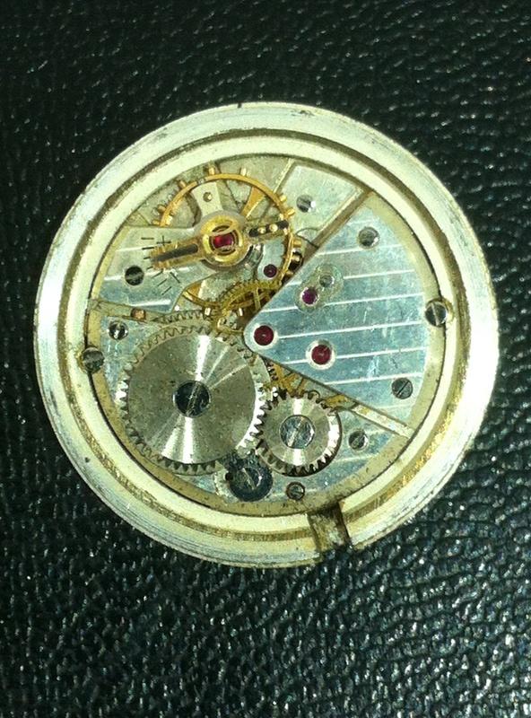 Jaeger -  [Postez ICI les demandes d'IDENTIFICATION et RENSEIGNEMENTS de vos montres] - Page 42 Elite_10