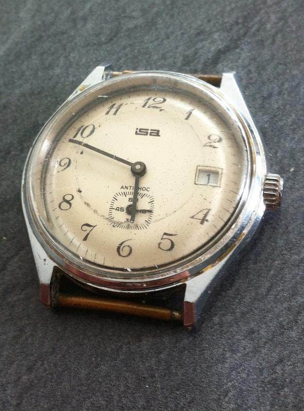 [Postez ICI les demandes d'IDENTIFICATION et RENSEIGNEMENTS de vos montres] Isa_f-10