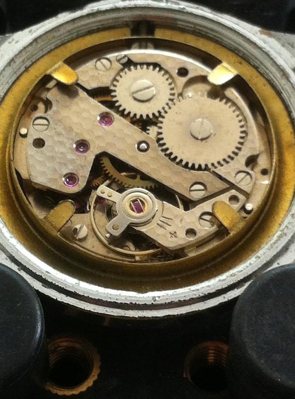 [Postez ICI les demandes d'IDENTIFICATION et RENSEIGNEMENTS de vos montres] Isa_mo10