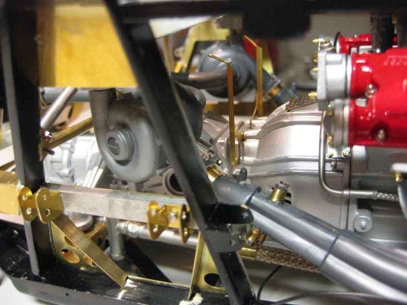 Ferrari F40 von Pocher 1:8 mit autograph Transkit gebaut von Paperstev - Seite 2 Ladelu14