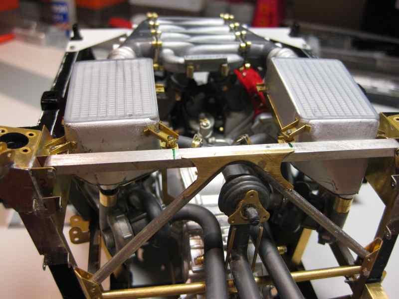 Ferrari F40 von Pocher 1:8 mit autograph Transkit gebaut von Paperstev - Seite 2 Ladelu19