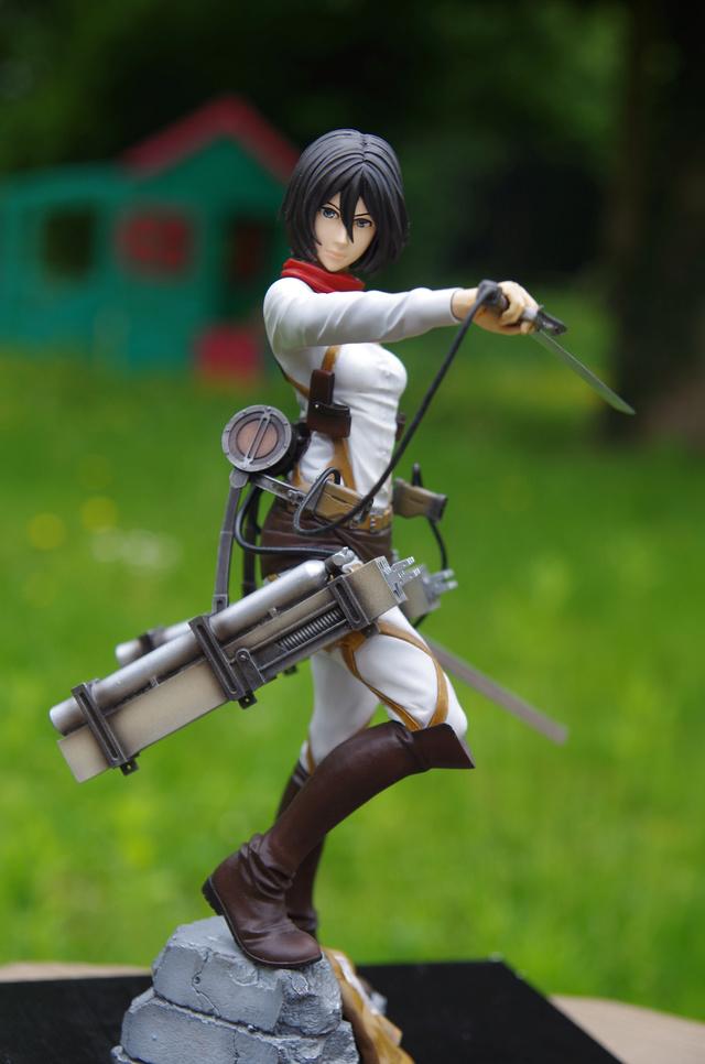 Mikasa Ackerman 1/7 de l'attaque des titans  Imgp4011