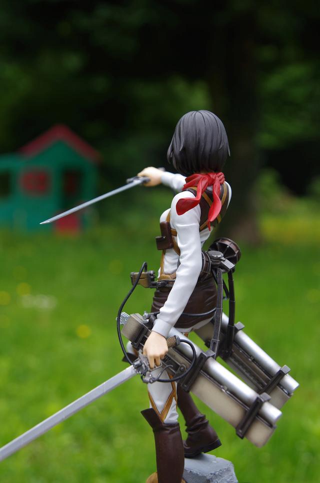 Mikasa Ackerman 1/7 de l'attaque des titans  Imgp4015