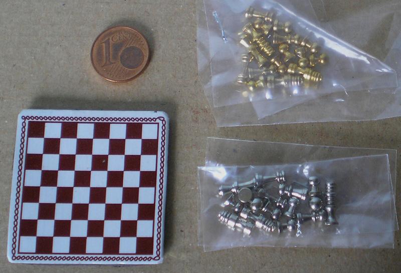 Möbel, Geschirr und ähnliche Kleinteile zur Figurengröße 7 cm 021a_s10