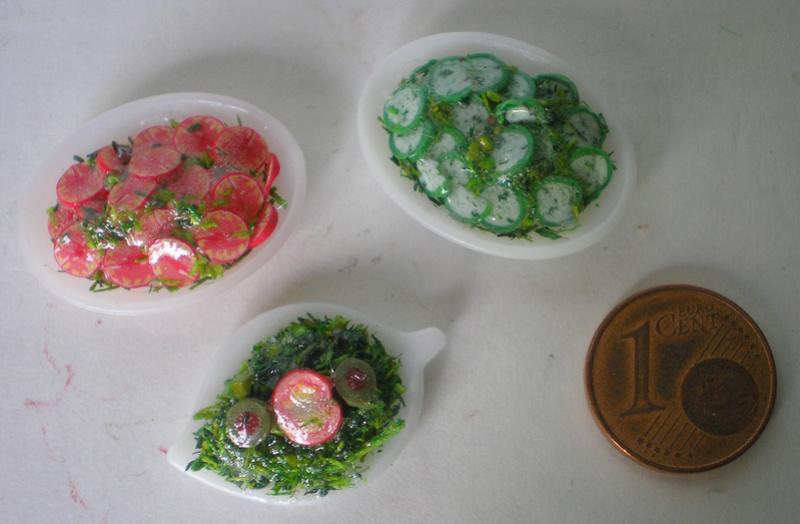 Möbel, Geschirr und ähnliche Kleinteile zur Figurengröße 7 cm 70_mm_24