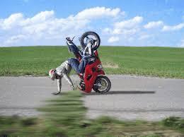 Vive le sport(surtout quand il nous fait rire) - Page 10 Moto11