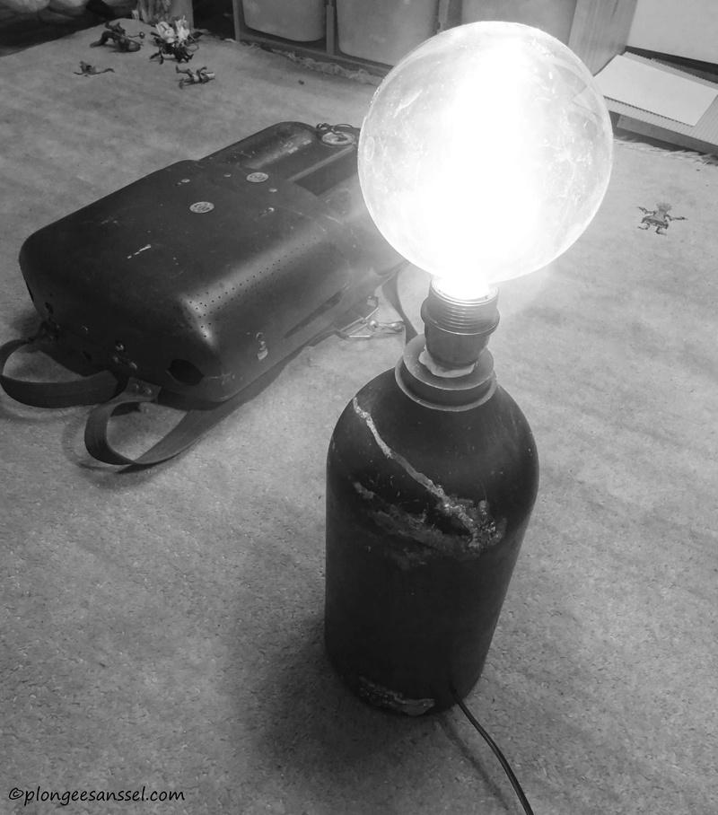 lampadaire rétro original Dsc03910
