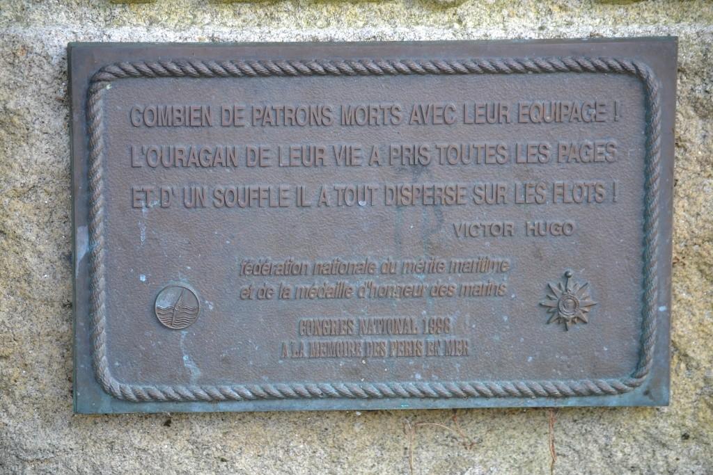 [Histoires et Histoire] Monuments aux morts originaux Français Tome 1 - Page 12 Dsc_0025
