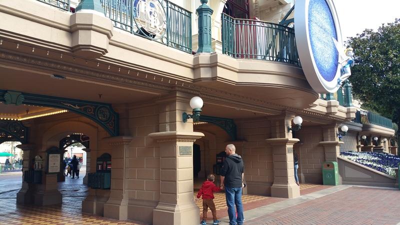 [Saison] 25ème Anniversaire de Disneyland Paris (jusqu'au 09 septembre 2018) - Page 3 20170313