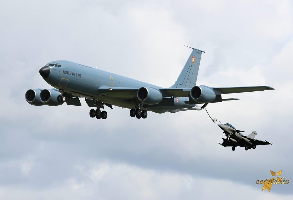 Boeing KC-135 Stratotanker Armée de l'Air 525 / 93-CN  & divers le 12.05.14 Specia10