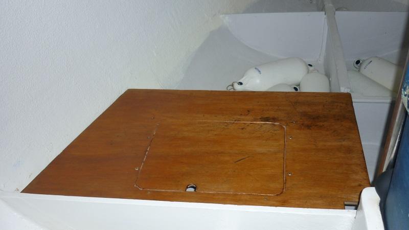 Ouvertures  dans  supports  de  couchettes P1030514