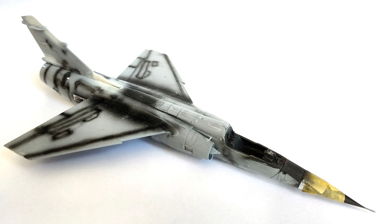 Mirage F1EQ [Special Hobby + Berna décals 1/72] Img_2011