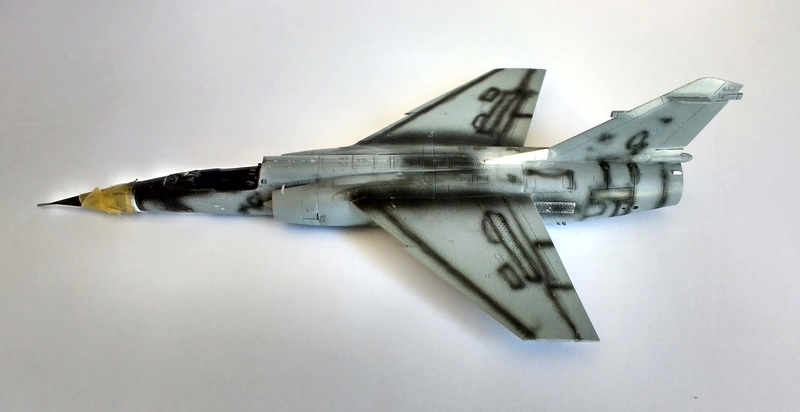 Mirage F1EQ [Special Hobby + Berna décals 1/72] Img_2013