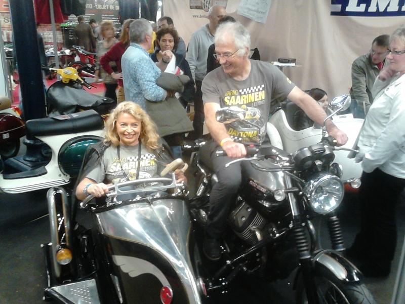 salon moto Légende 2013 - Page 3 Dsc_0012