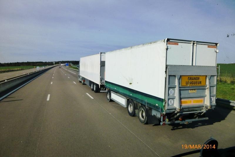 Les Camions des forains - Page 4 Papy_375