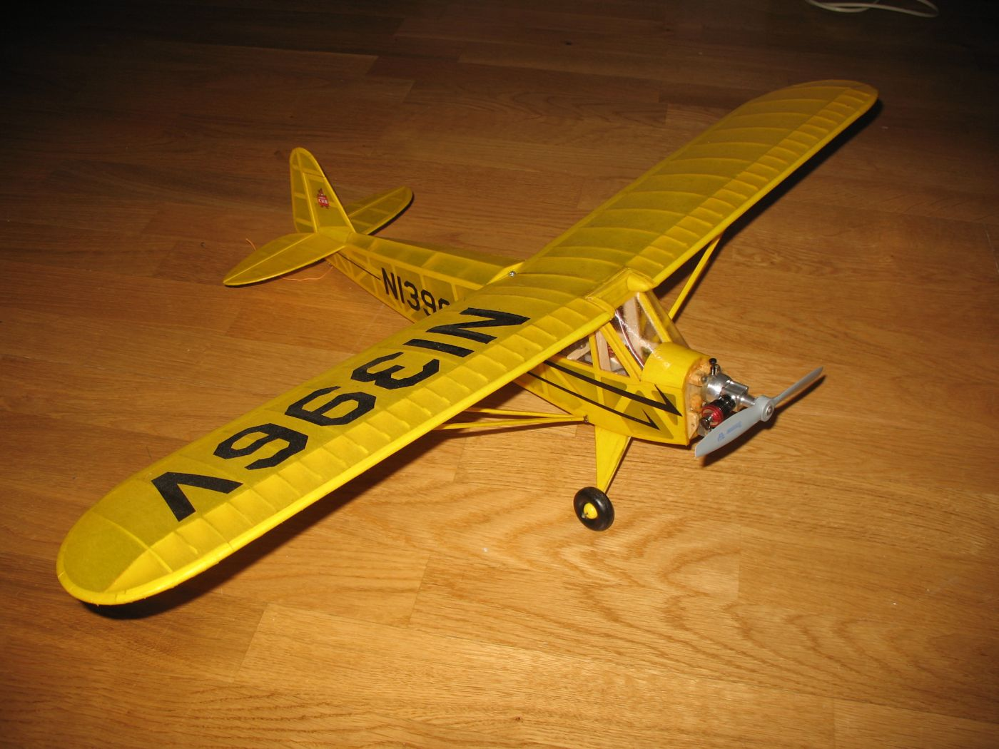 HELP! Looking for a ARF R/C plane that uses a COX 049 or 020 Img_1218