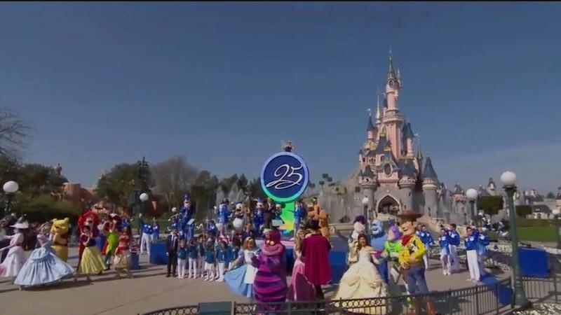 25° Anniversario di Disneyland Paris - Pagina 28 0412