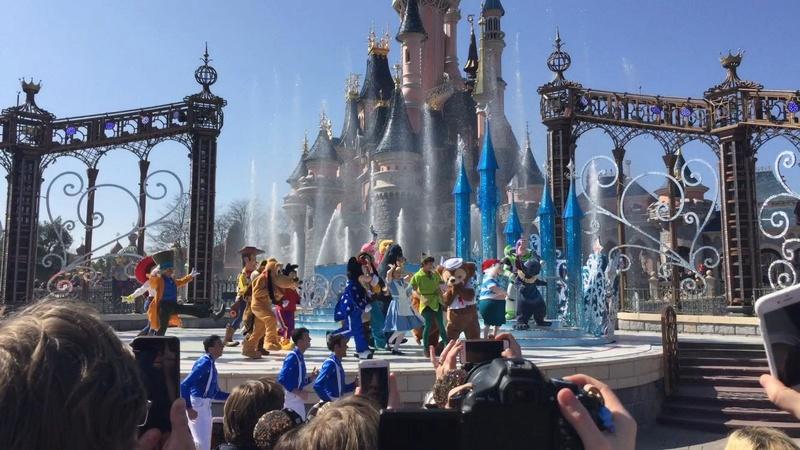 25° Anniversario di Disneyland Paris - Pagina 29 1011