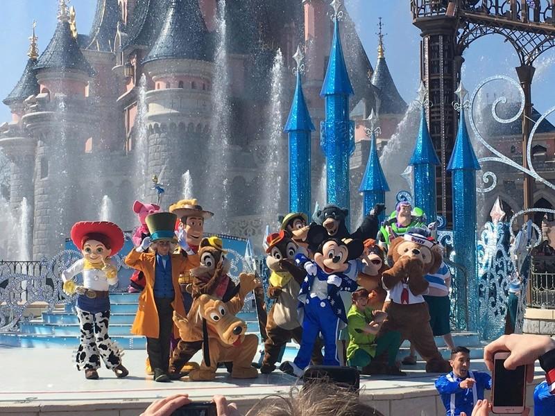 25° Anniversario di Disneyland Paris - Pagina 29 11c45010