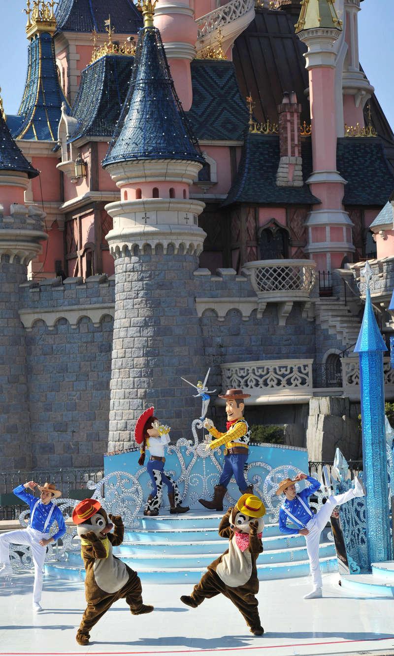25° Anniversario di Disneyland Paris - Pagina 29 1cd_3813