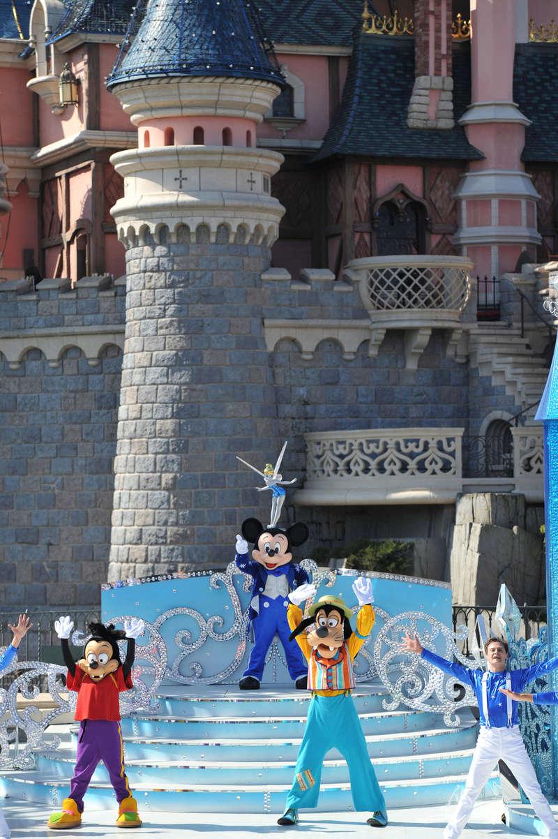 25° Anniversario di Disneyland Paris - Pagina 29 1cd_4110