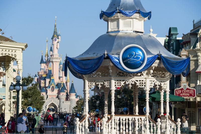 25° Anniversario di Disneyland Paris - Pagina 29 N0255114